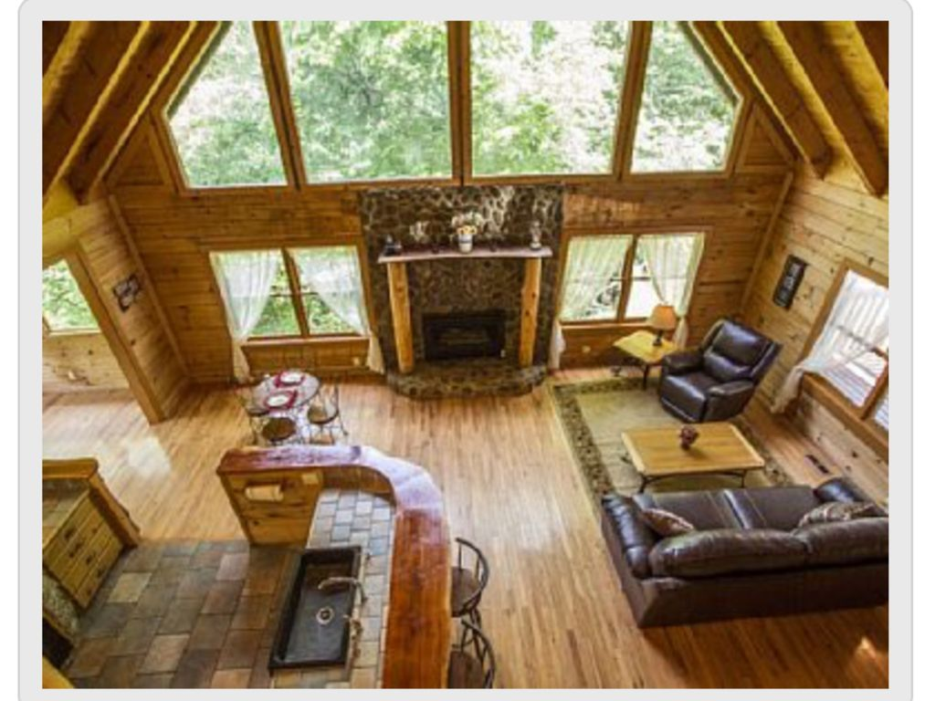 Vi S Place Custom Log Home Wall Of Windows Vrbo