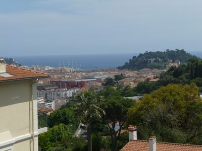 Apartment with parking, sea view, quiet, in the historic center of Cimiez
