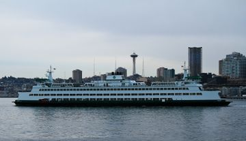 Bremerton-Seattle Ferry leaving Seattle