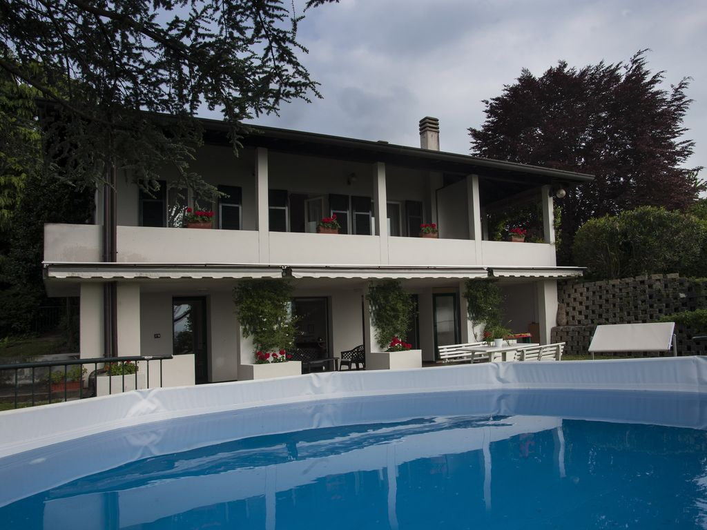 Nice villa near lake como and milan expo vrbo for Western pool show 2015