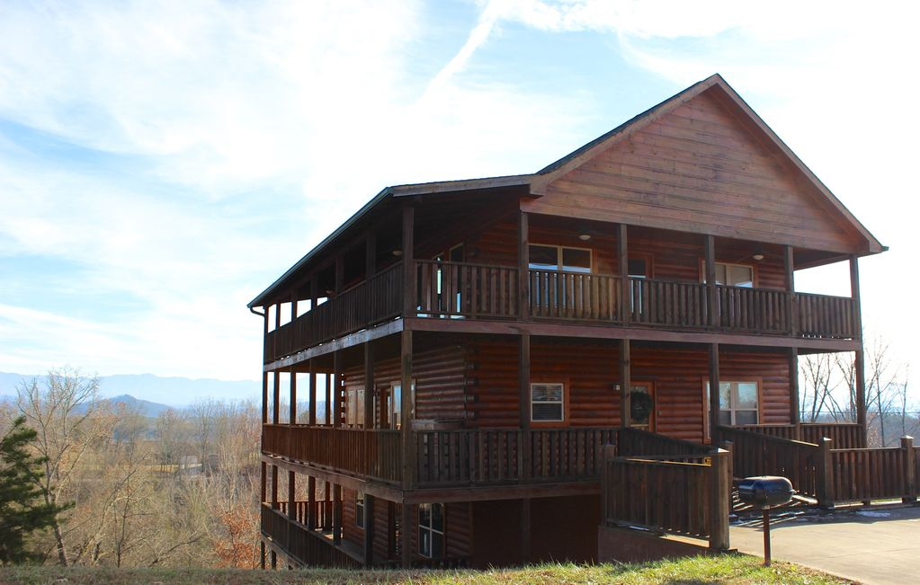 Sevierville vacation rental vrbo 556559 6 br east for Heavenly view cabin sevierville tn