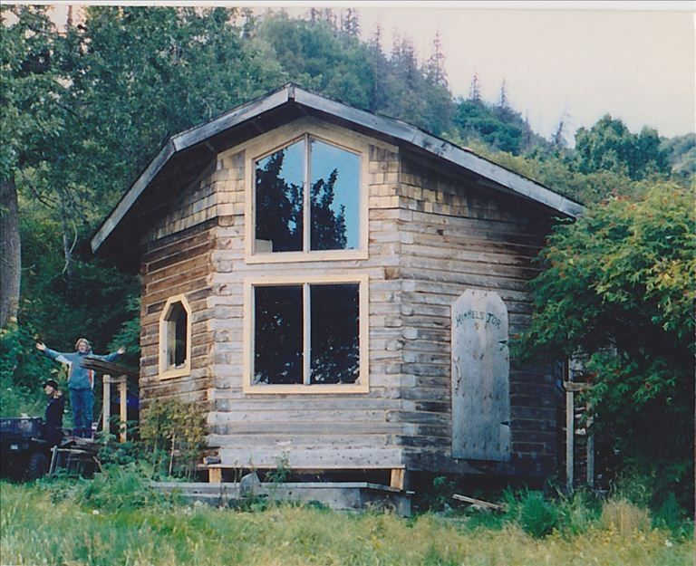 Kilcher homestead beachfront cabin vrbo for Alaska cottage