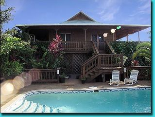 Roatan house photo - Casa Cervantes from pool