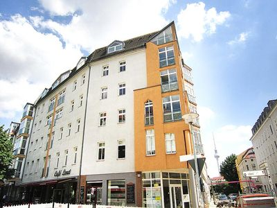 Torstr DG-apartment in Berlin-Mitte. for 2-5 people