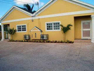 Nassau & Paradise Island apartment photo - Front