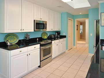 All new stainless appliances, heavy cookware, fabulously equipped