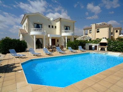 Large Luxury villa with Private Heated Pool