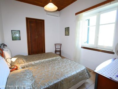 Twin Bedroom (Both Bedrooms are Air Conditioned)