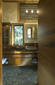 Private Master Suite Bathroom