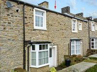 HALLAMS YARD, family friendly, with a garden in Skipton, Ref 11415