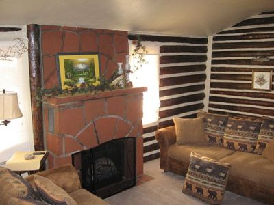 Corky & Franci's Fireside Room - large flatscreen tv, dvd & cd player