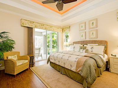 Master Bedroom Suite with Hotel King Bed with Private Bath