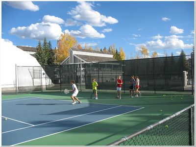Outdoor tennis for the entire family.