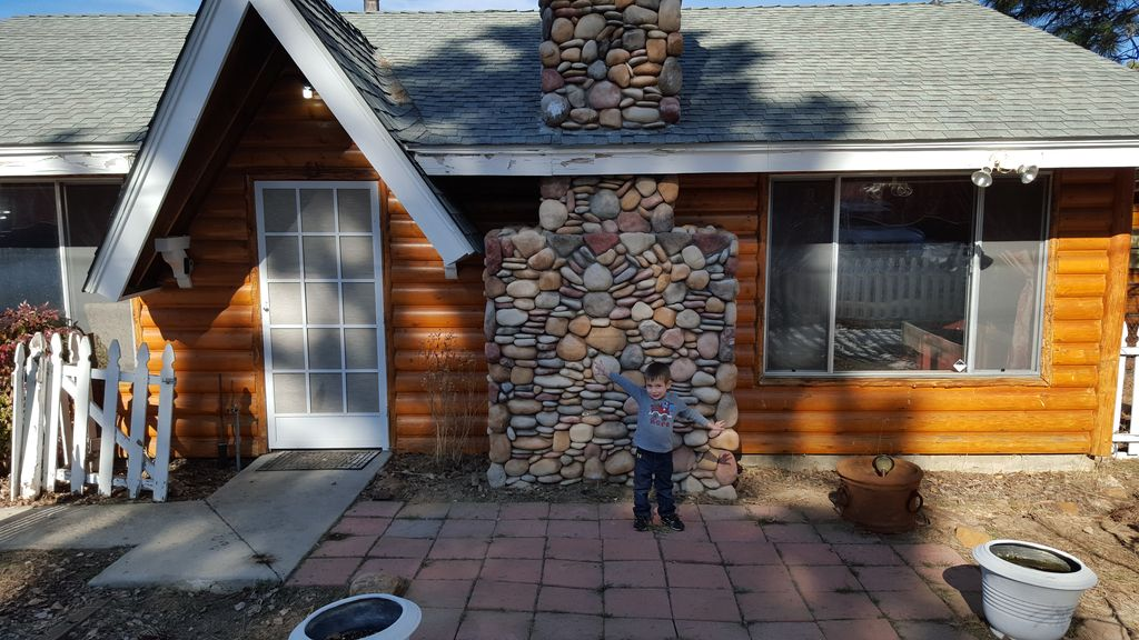 Beautiful Lake View Log Cabin With Jacuzzi 3 Vrbo