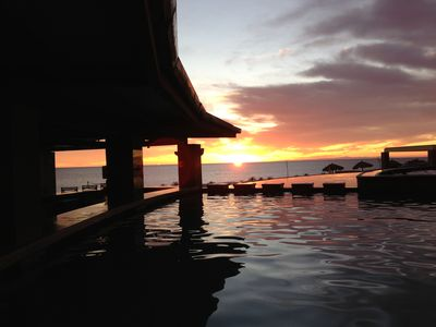 Puerto Penasco condo rental - Sunset at the Swim Up Pool Bar, Spectacular!