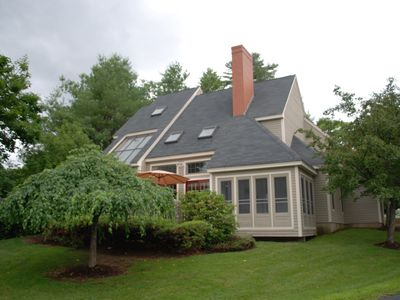 Fabulous, newly decorated, detached Laconia NH condo