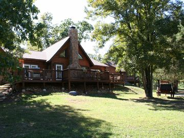Table Rock Lake CABIN Rental Picture
