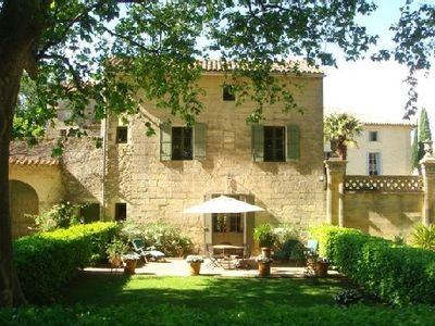 Quiet air-conditioned accommodation, max 4 persons, with garden