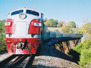 Branson cabin photo - Train enthusiasts love historical rides. Photo courtesy BCC.
