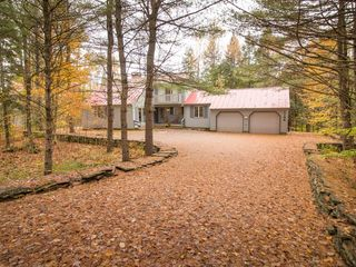Quechee house photo - Outside at the end of Fall Foliage Season!