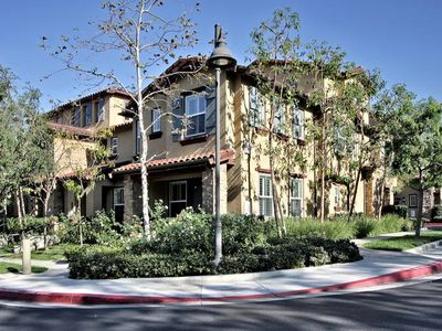 TOWNHOME ,TURTLE RIDGE,,CORPORATE HOUSING NEAR UCI,BEACH 2BEDROOMS PLUS OFFICE