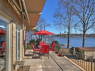 NEW! 2BR Leesville House on Lake!