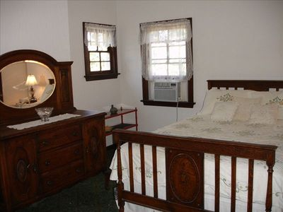 Queen room on 3rd floor has lovely sitting area and private 3/4 bath.