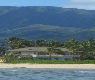 Haleiwa villa rental - Villa is directly on the beach, as seen from the reef, 'turtles' view