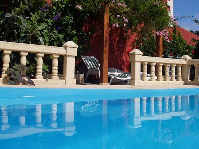 Holiday home with incomparable sea views and pool