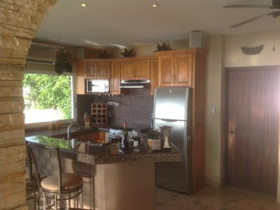 Equipped granite kitchen/bar w complimentary gourmet coffee