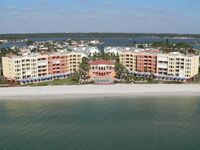 Tides Beach Club - Fabulous Corner Beachfront Condo Penthouse