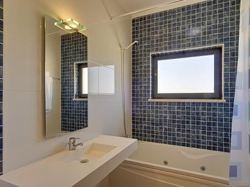 Sophisticated & beautifully tiled bathrooms