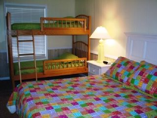 Emerald Isle cottage rental - bunk beds and queen bed