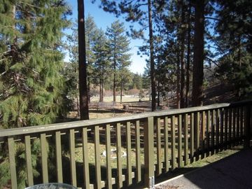 Wrightwood cabin rental - View from deck
