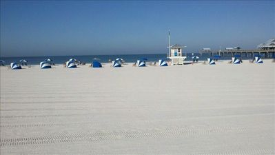 FAbulous Clearwater Beach. 5 miles of pristine sand.
