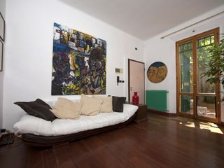 Bologna apartment photo - The livingroom. Il Ginkgo is air conditioned.