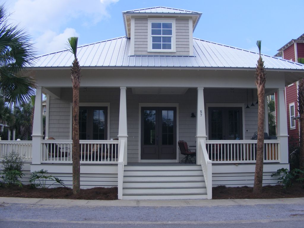New craftsman style beach home with outdoor vrbo for Craftsman beach house