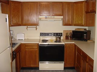 North Woodstock condo photo - Full kitchen