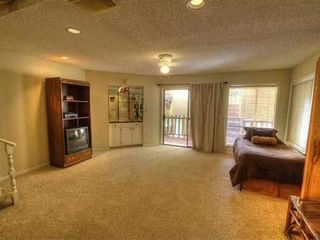 Horseshoe Bay townhome photo - Lower level great room with door to water level