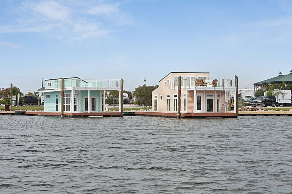 Pontchartrain park house boat rental unique luxury two for 01 bedroom ac deluxe houseboat