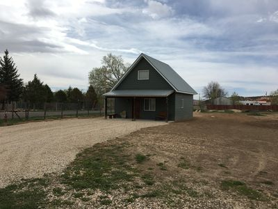 NEW Construction - Modern Country Cabin - Minutes from Bryce Canyon