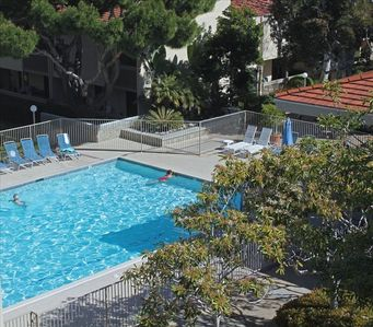 Solana Beach condo rental - Swimming pool - Always heated - great for laps