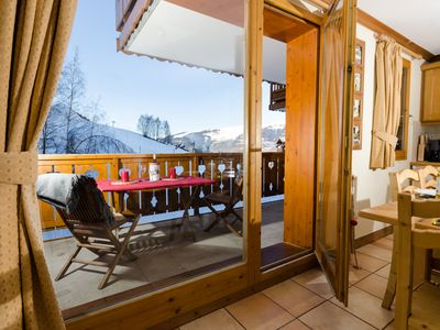 A charming  apartment with 3 bedrooms located directly on the piste