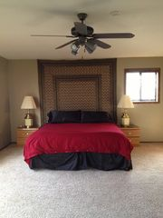Huntington house photo - Master Suite (King Bed)