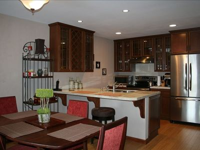 Kitchen and dining - all appliances and creature comforts
