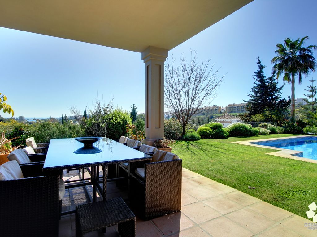 Impressive villa with maid services located close - Impressive house with tranquil environment to get total relaxation ...