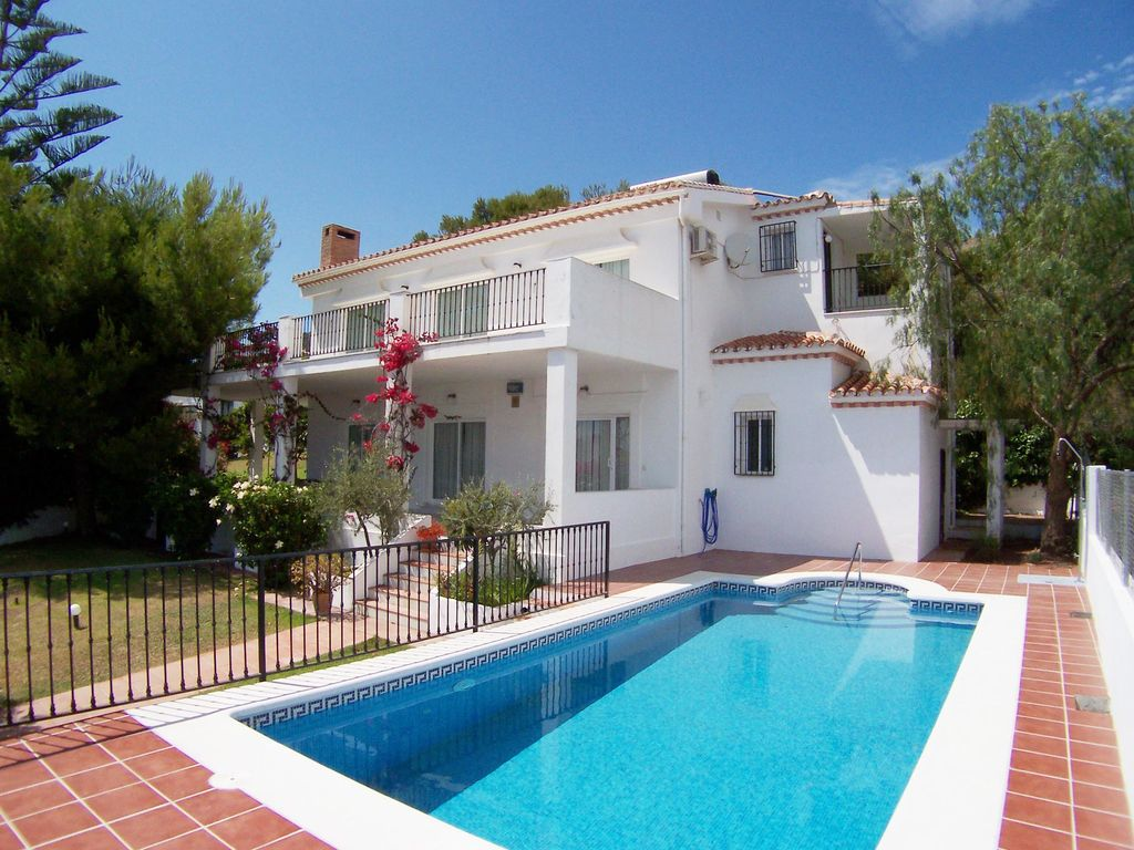 Luxury house, with pool , Maro, Andalusia