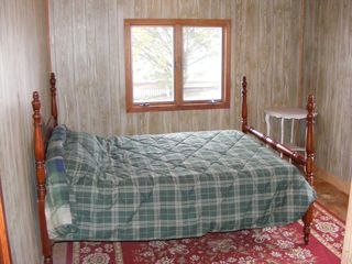 Harpswell cottage photo - 1st floor bedroom - Rocca di Mare