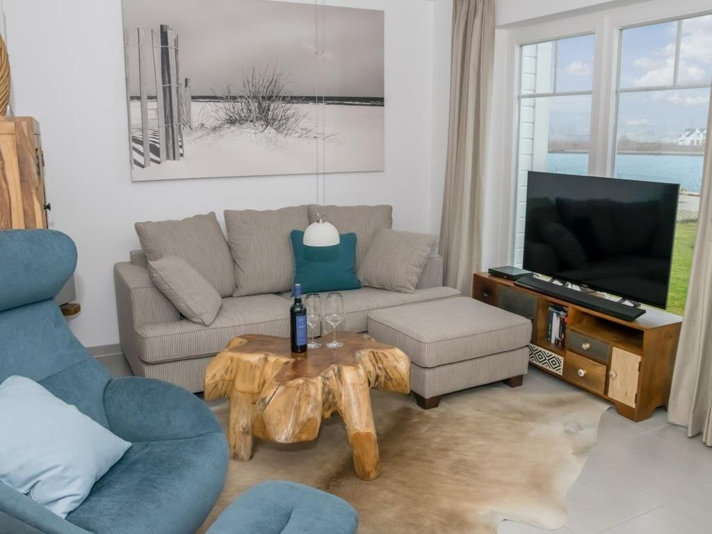 Exclusive house close to the beach with stunning views Schlei, Baltic Sea and sailing and marina of the Baltic Sea resorts - Three terraces on three levels - large Finnish sauna, corner spa and fireplace