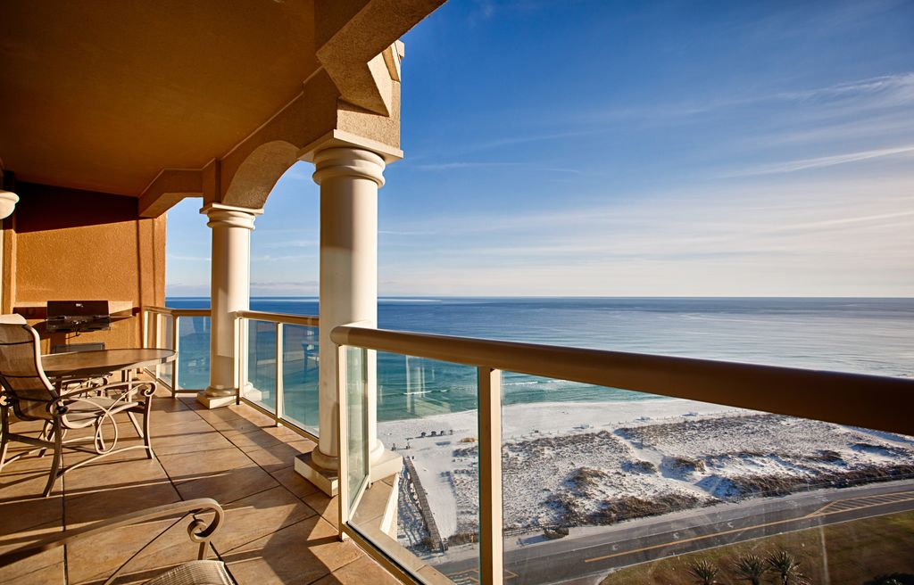 Portofino 2br gulf view 18th floor 200 vrbo for 18th floor balcony cover